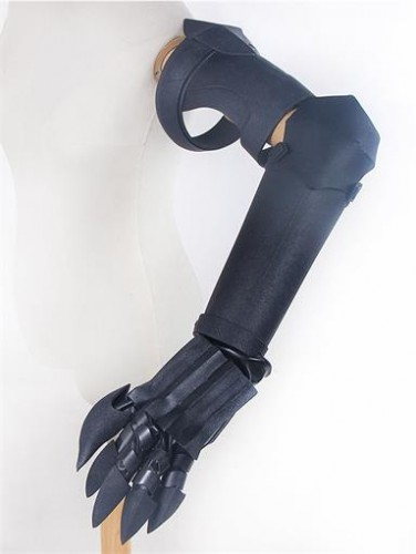 Drag-on Dragoon Zero's Hand armour Cosplay Prop